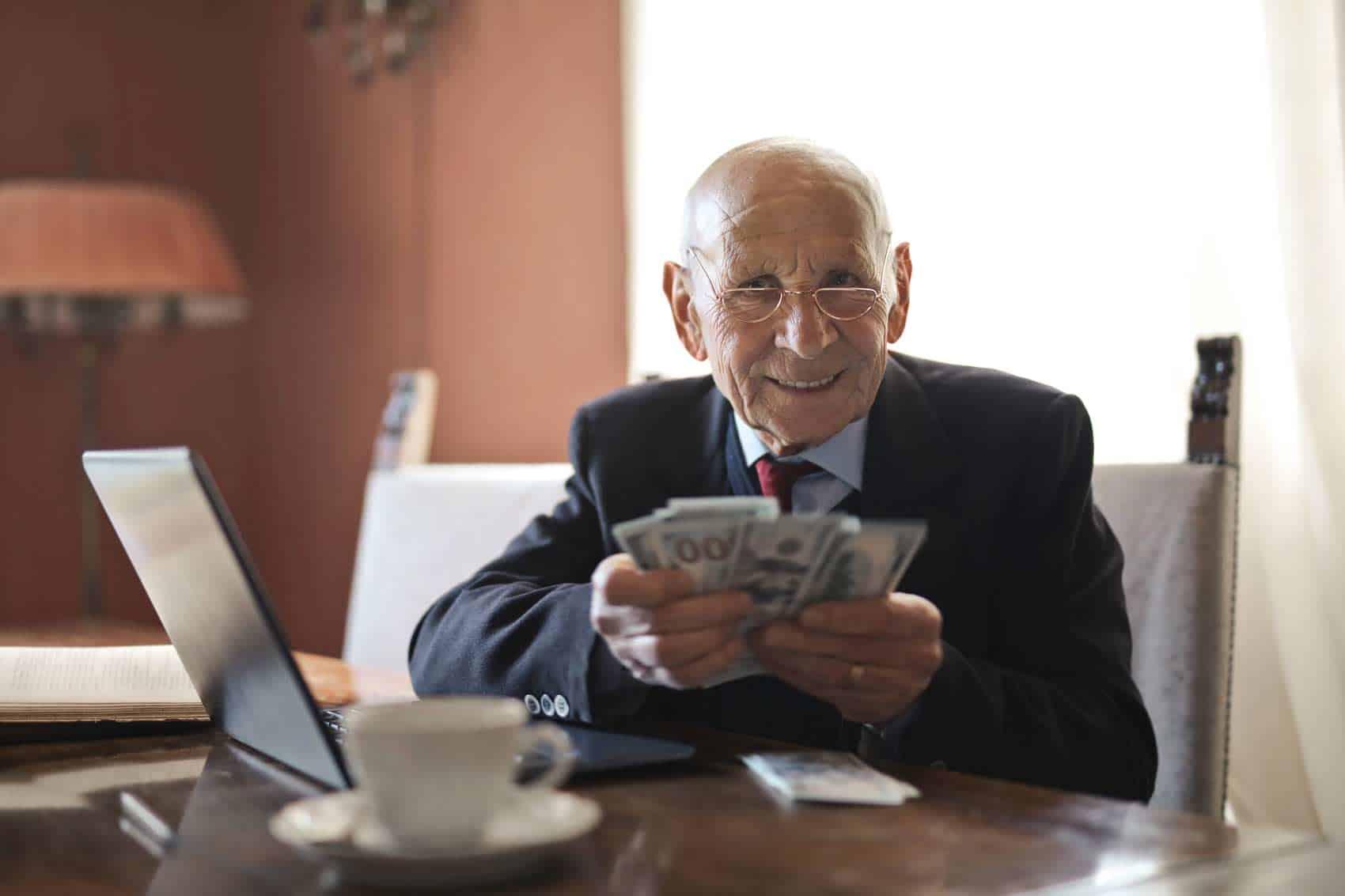 Principais empregos de baixo estresse após a aposentadoria [30+ Fun Jobs] 3