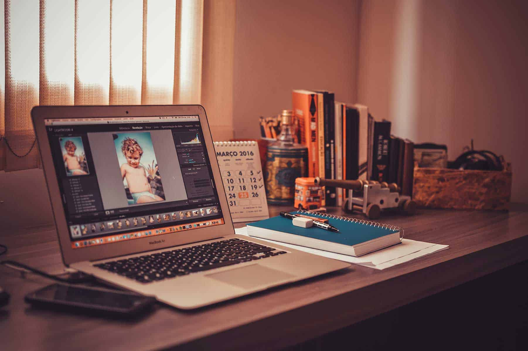 Make Money with Photoshop [Ultimate Guide] 2