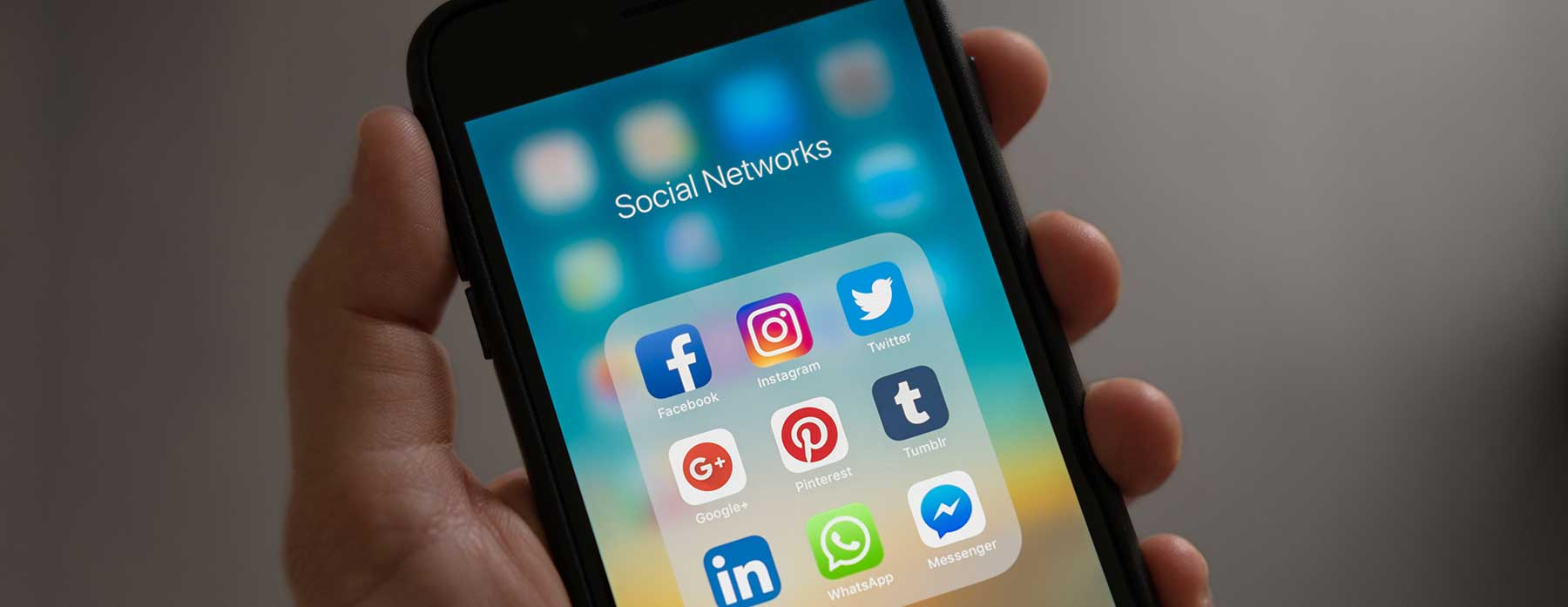 Online Jobs for Teens - Social Media manager